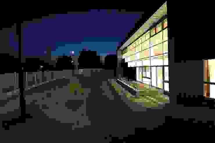 外観(夜) モダンな医療機関 の 設計工房 A・D・FACTORY 一級建築士事務所 モダン 鉄/鋼
