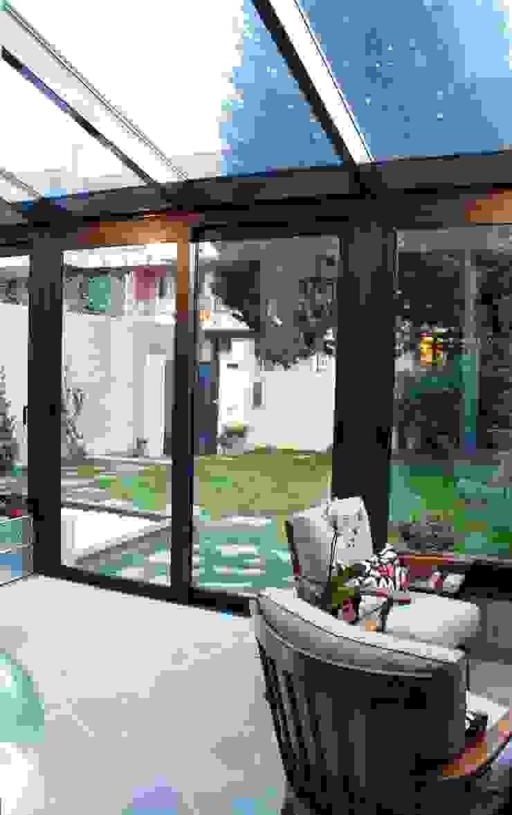 STUDIO MORALDI Jardins de Inverno modernos