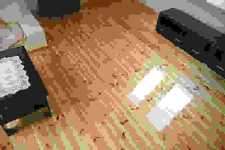 Realizacja podłogi drewnianej w Krakowie – Deski z Sosny na wysoki połysk od PHU Bortnowski