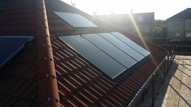 Solar Installations Eclectic style houses by Energy Installs Eclectic