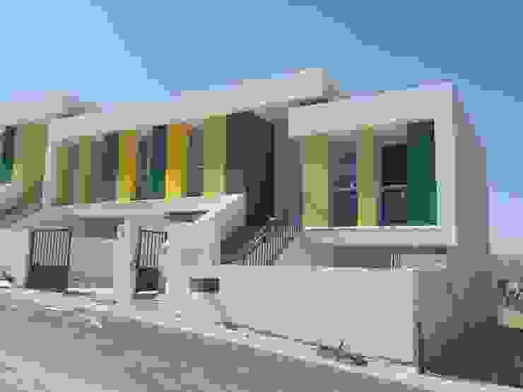 DETALLE VPO VERDE Casas modernas de AMARQUITECTURA Moderno