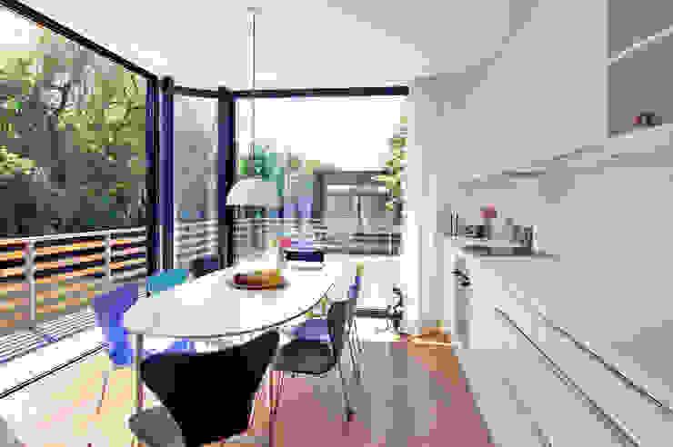 Modern kitchen by Rost.Niderehe Architekten I Ingenieure Modern