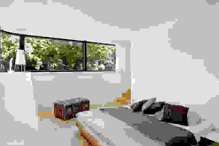 Quartos modernos por Rost.Niderehe Architekten I Ingenieure Moderno