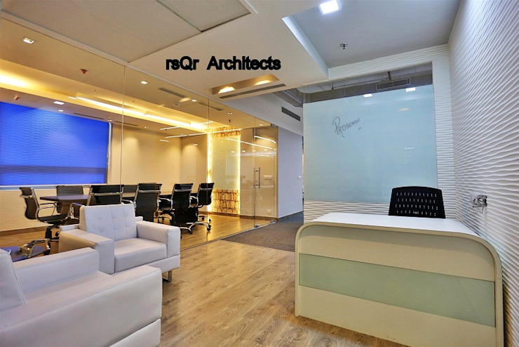 Corporate Offices Modern offices & stores by rsQr Architects Modern