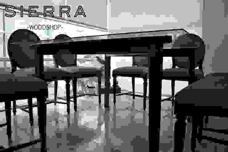 Mesa Ámsterdam 001 de DODA Arquitectura + Diseño Moderno Madera maciza Multicolor