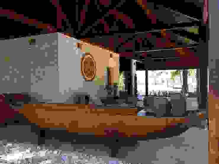 Casa Família Tenório Varandas, alpendres e terraços rústicos por Traço Planejamento e Arquitetura Rústico