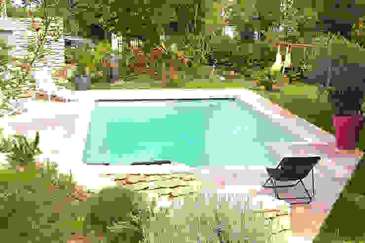 La piscine en Béton 100% armé Piscine méditerranéenne par Oplus piscines Méditerranéen