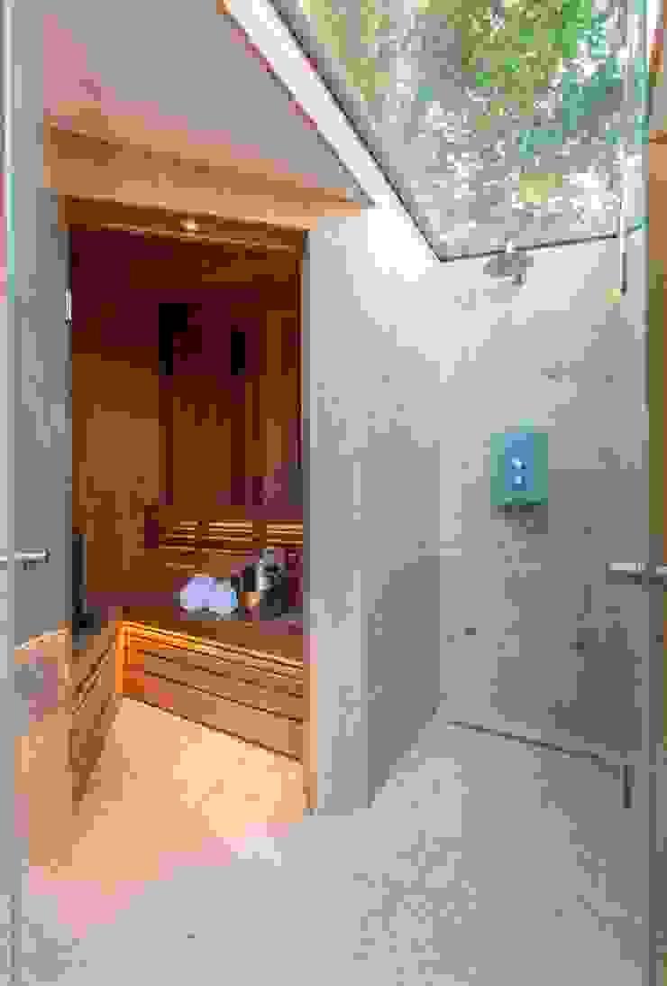 Folio Design | The Garden Room | Sauna & 'Outdoor' Shower Folio Design Modern spa