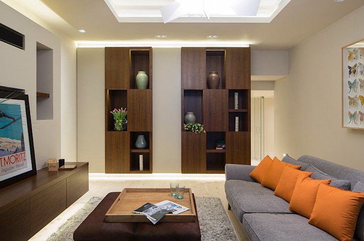 Folio Design | The Crafted House | Informal Living Room Folio Design Modern living room Wood