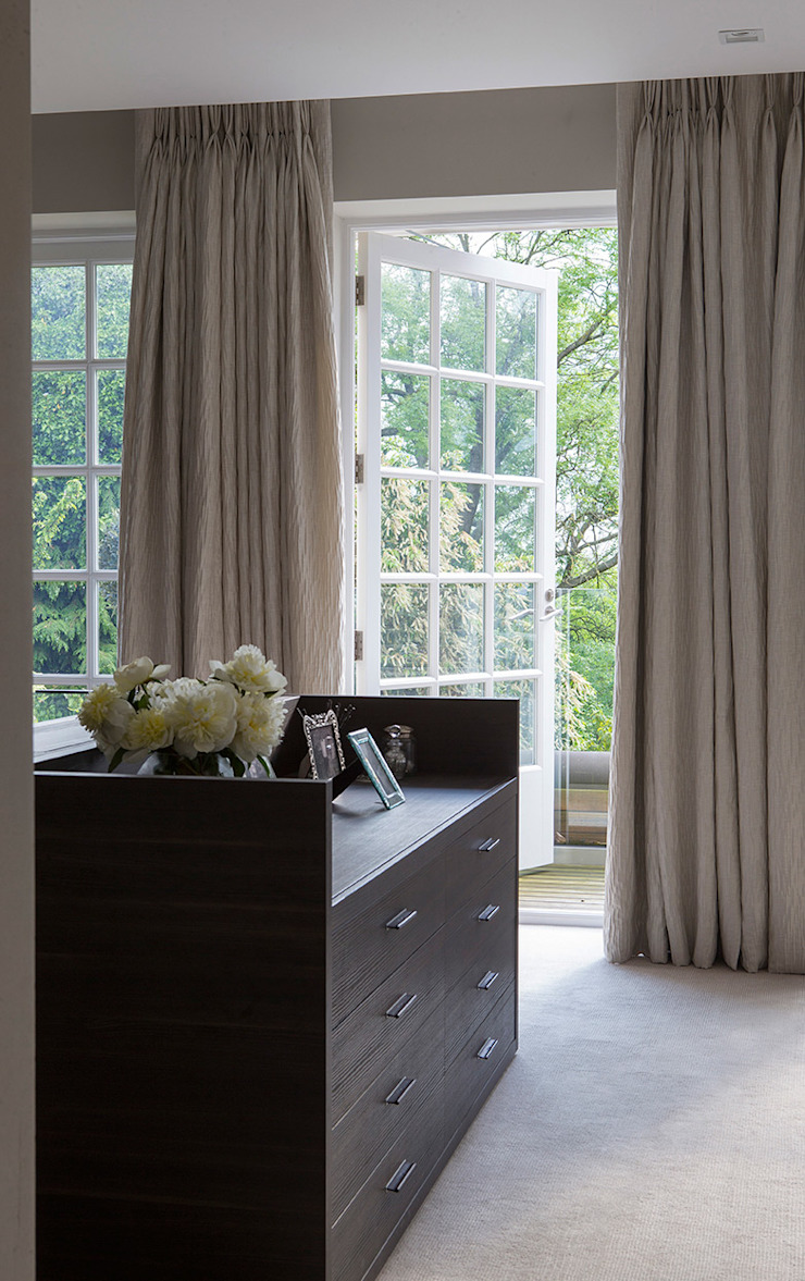 Folio Design | The Hampstead Home | Dressing Room Folio Design Modern dressing room
