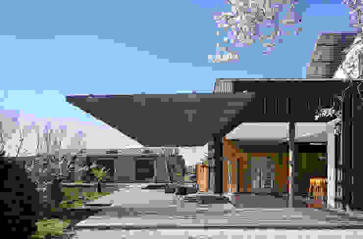 INTERIEUR/EXTERIEUR yann péron architecte Balcon, Veranda & Terrasse modernes
