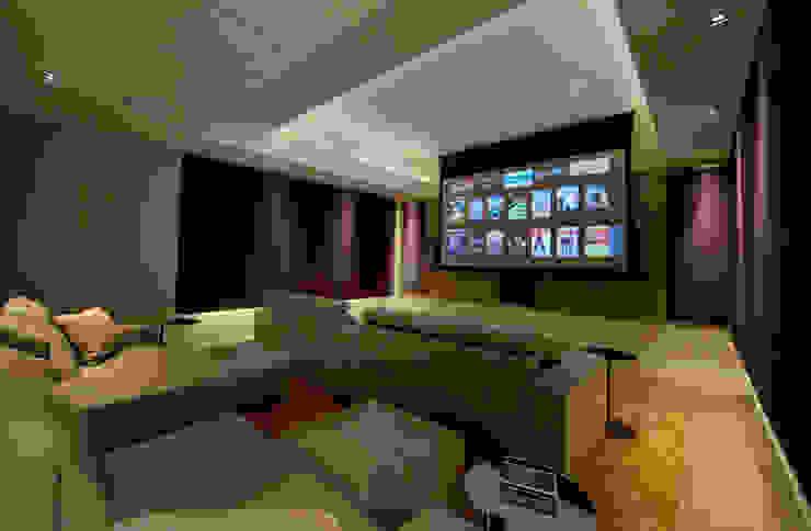 Folio Design   The House on Hampstead Heath   Cinema Room Folio Design Modern media room