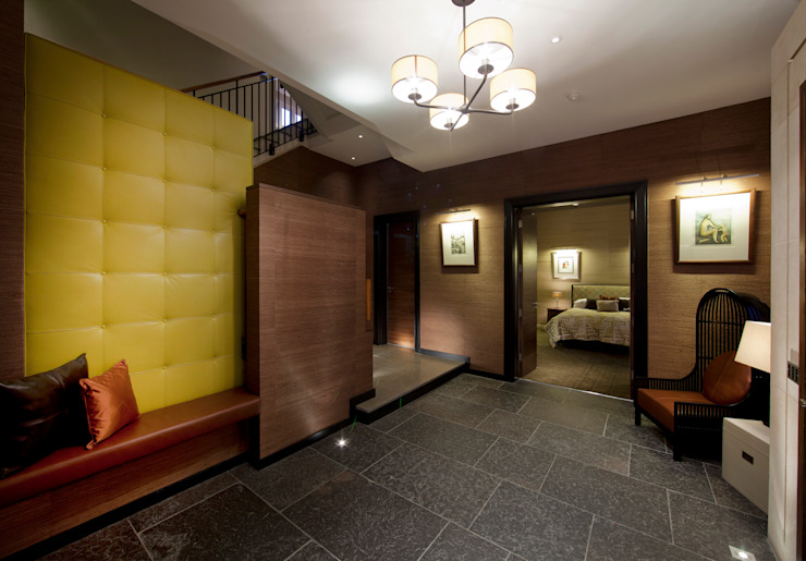 Folio Design   The House on Hampstead Heath   Circulation space Folio Design Modern corridor, hallway & stairs