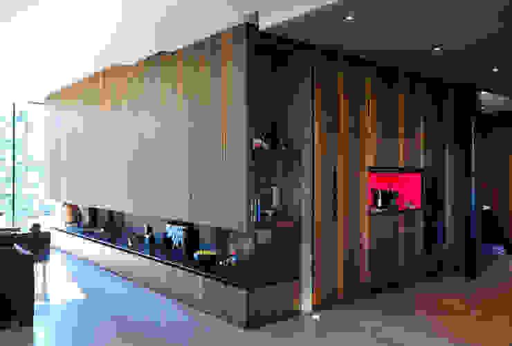 MAISON SUR LA CHEZINE Salon moderne par yann péron architecte Moderne