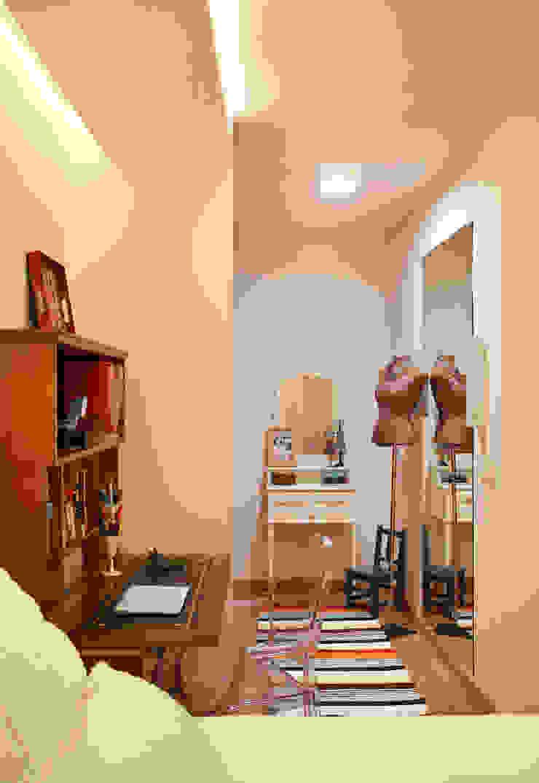 Apartamento Botafogo Closets por Mariana Dornelles Design de Interiores Eclético