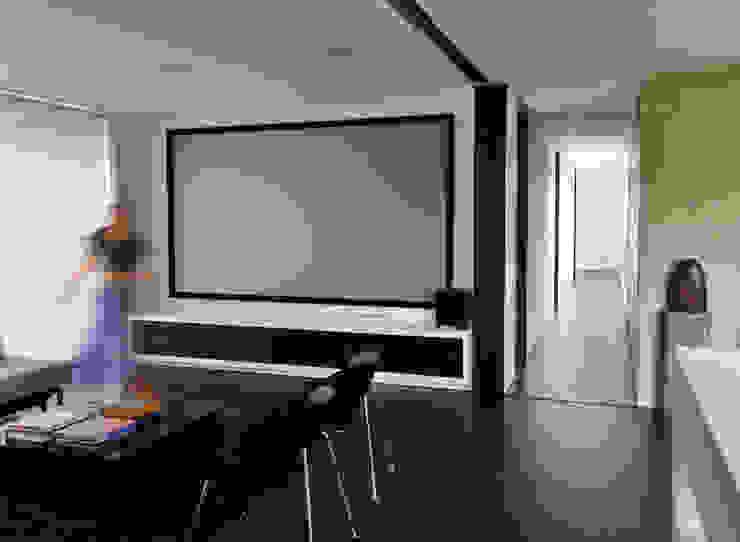 Casa H Salas multimedia de estilo minimalista de David Macias Arquitectura & Urbanismo Minimalista