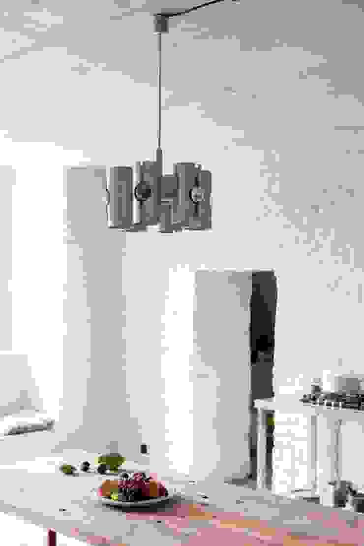 Lampa polskiego projektu od Loft Kolasiński Eklektyczny Aluminium/Cynk