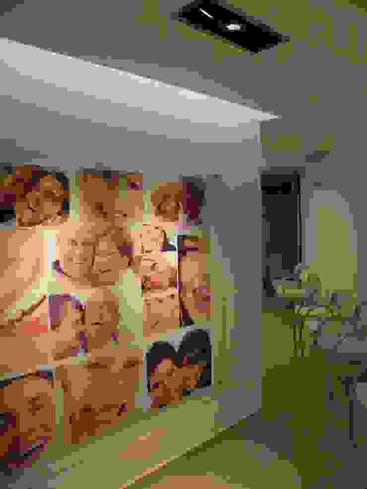 Centro Odontologico Smile Center Clínicas y consultorios médicos de estilo moderno de RM arquitectos Moderno