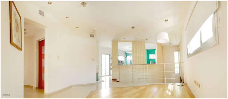 Медиа комната в стиле модерн от Silvana Valerio Модерн