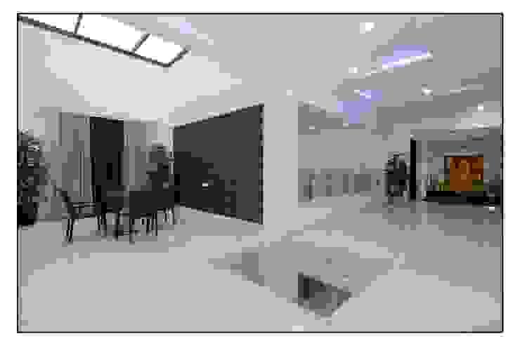Thane Site Modern dining room by CK Interiors Pvt Ltd Modern