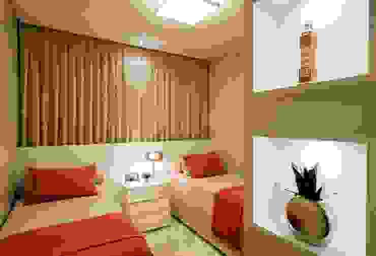 Apartamento Jovem Casal por Cristine V. Angelo Boing e Fernanda Carlin da Silva Moderno