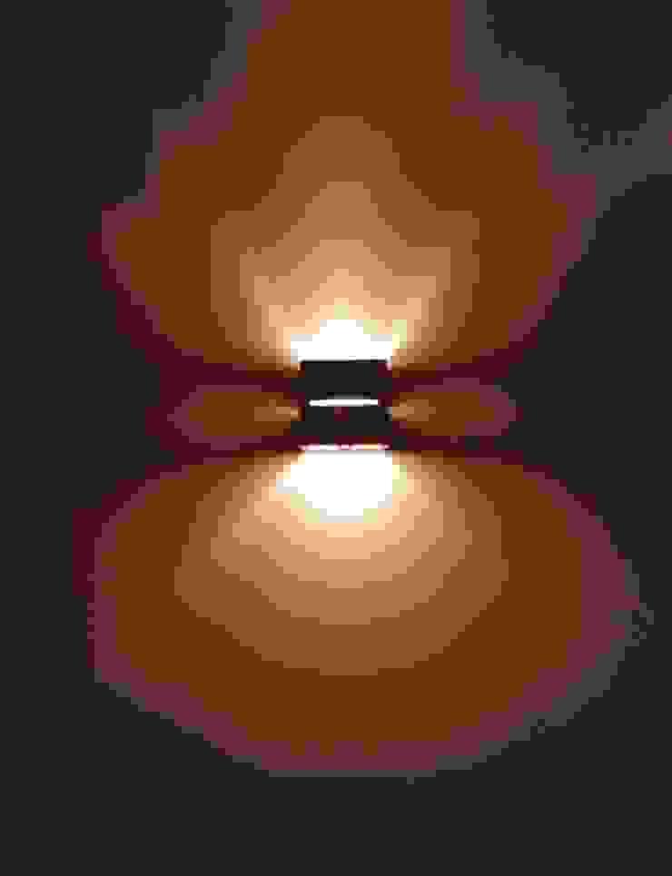間接照明: 株式会社エキップが手掛けた現代のです。,モダン