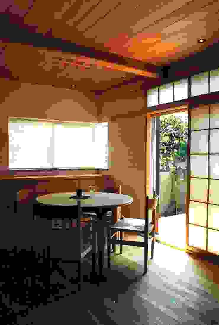府中の家リノベーション オリジナルデザインの ダイニング の 松井建築研究所 オリジナル