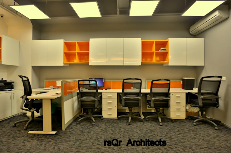 Lares & Penates Office Fitout Gurgaon by RsQr Architects Modern offices & stores by rsQr Architects Modern
