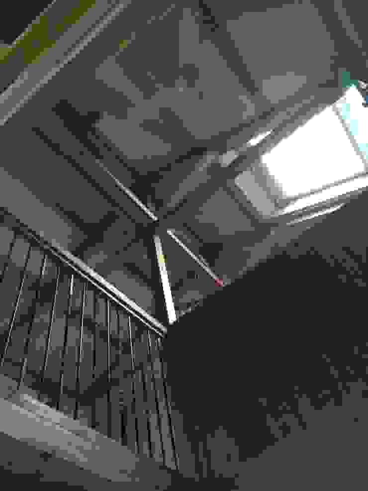 真束トラスの住宅 オリジナルな 家 の 木造トラス研究所・株式会社 合掌 オリジナル 木 木目調