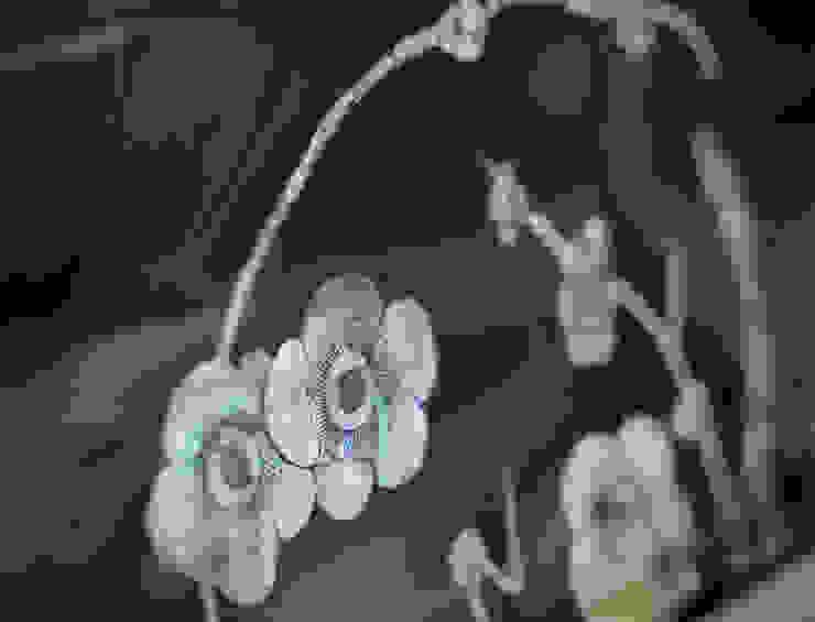 ヴィクトリアンスクールコンバージョン オリジナルデザインの ダイニング の 澤山乃莉子 DESIGN & ASSOCIATES LTD. オリジナル