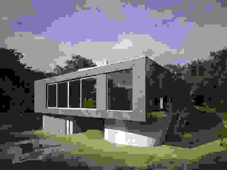 Villa in de duinen, Hoek van Holland Moderne huizen van De Zwarte Hond Modern Steen