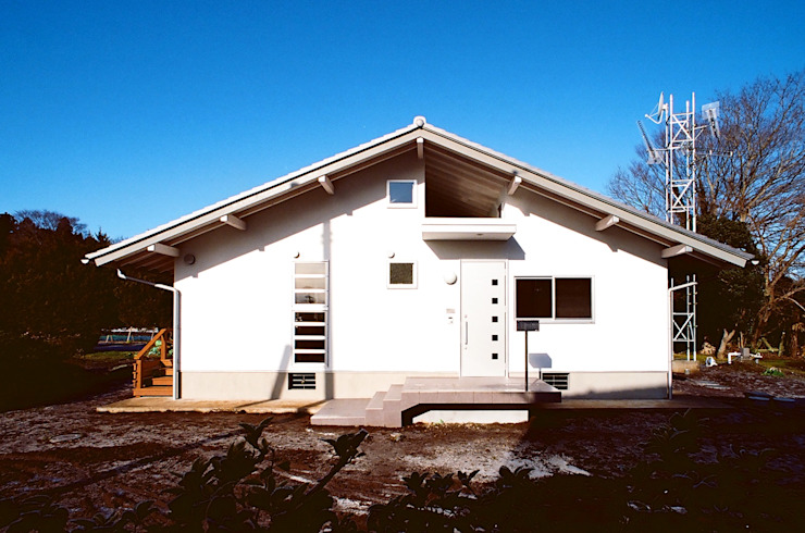 透き抜ける家 モダンな 家 の 麻生建築設計工房 モダン