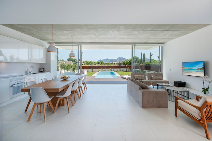 Modern dining room by MARÈS ARQUITECTURA Modern