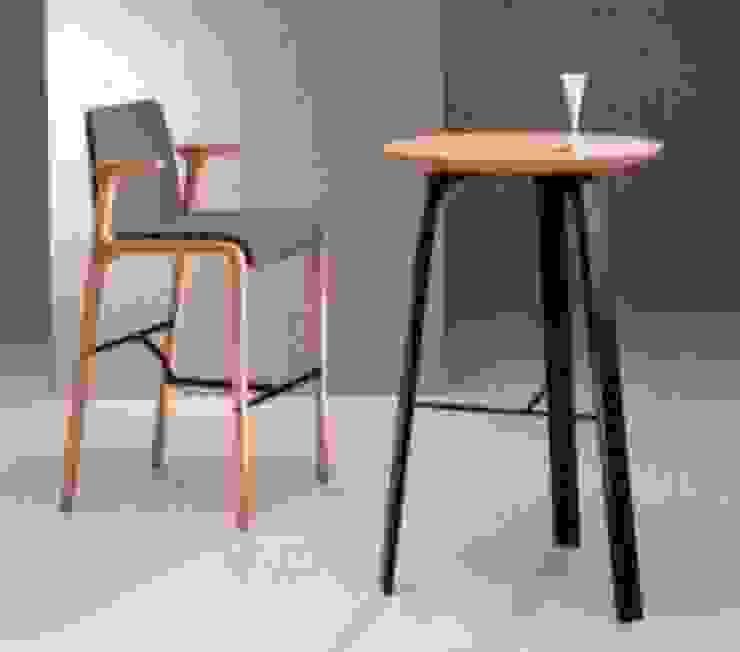 食堂イス: TANIGAWA STUDIO 家具デザインが手掛けたスカンジナビアです。,北欧