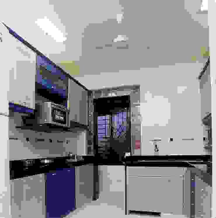 Apartment Modern kitchen by NAMAN INTERIORS - Turnkey Interior Contractors Modern