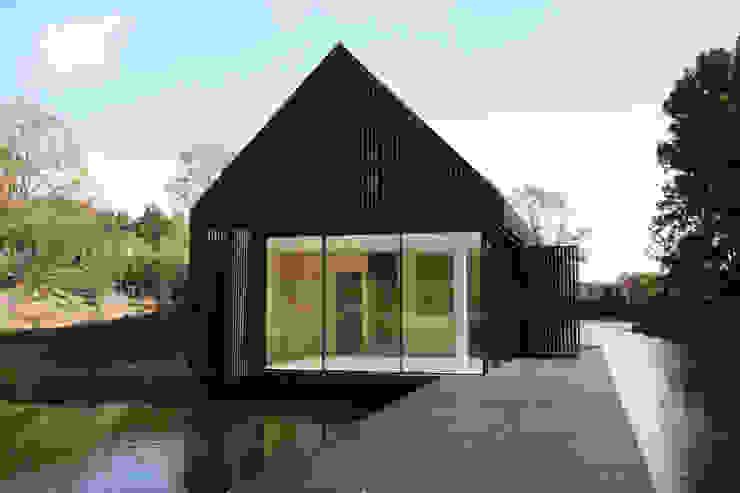The Boathouse Puertas y ventanas modernas de IQ Glass UK Moderno