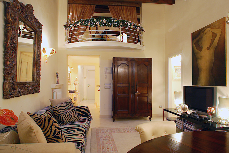 Salones de estilo clásico de bilune studio Clásico