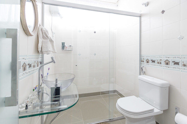 Banho Social Banheiros modernos por Mágda Braga Interiores Moderno Cerâmica