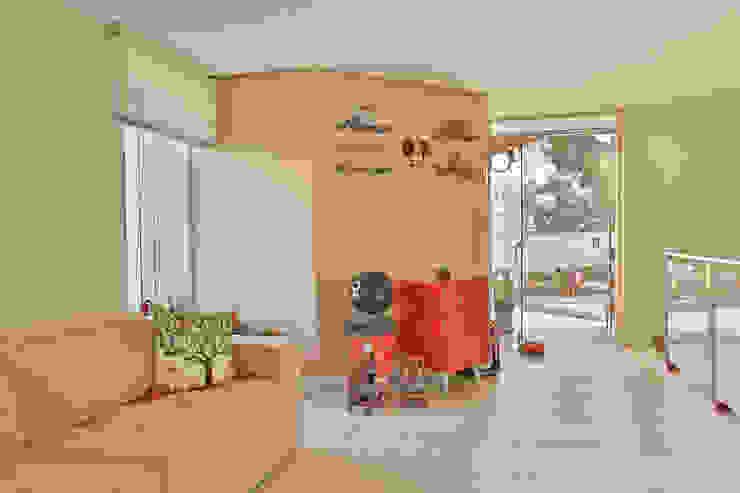 Mezanino Salas multimídia modernas por Mágda Braga Interiores Moderno