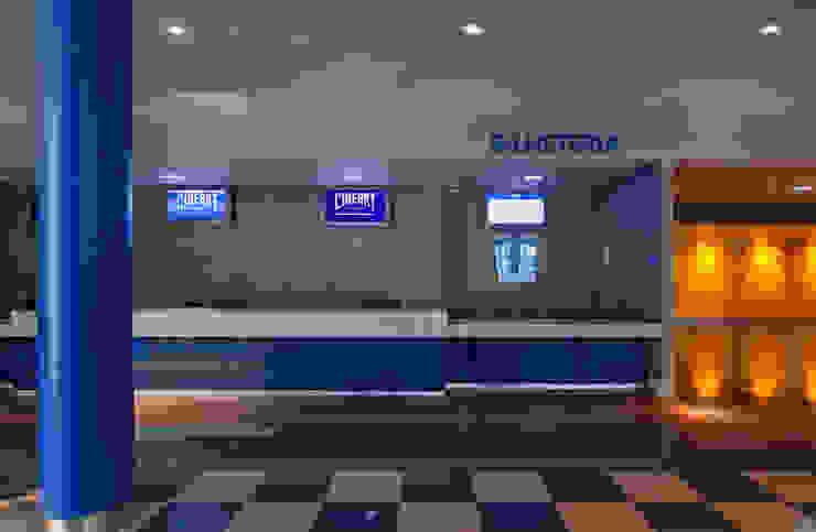 Projeto Comercial – Cineart Shopping Centers modernos por Dubal Arquitetura e Design Moderno