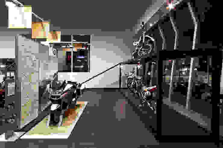 Projeto Comercial - Euroville Concessionárias modernas por Dubal Arquitetura e Design Moderno