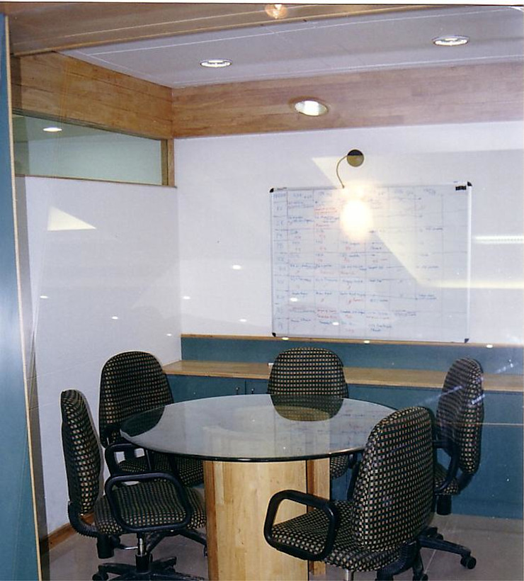 Commercial Projects Modern study/office by NAMAN INTERIORS - Turnkey Interior Contractors Modern