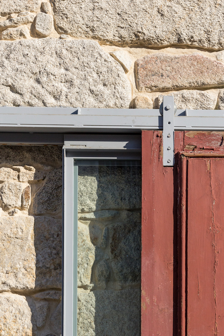 Floret Arquitectura Industrial style windows & doors