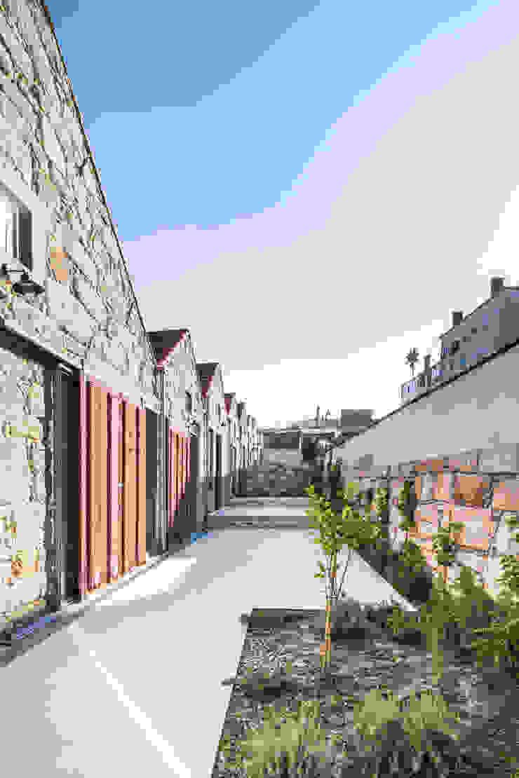 Floret Arquitectura Industrial style garden