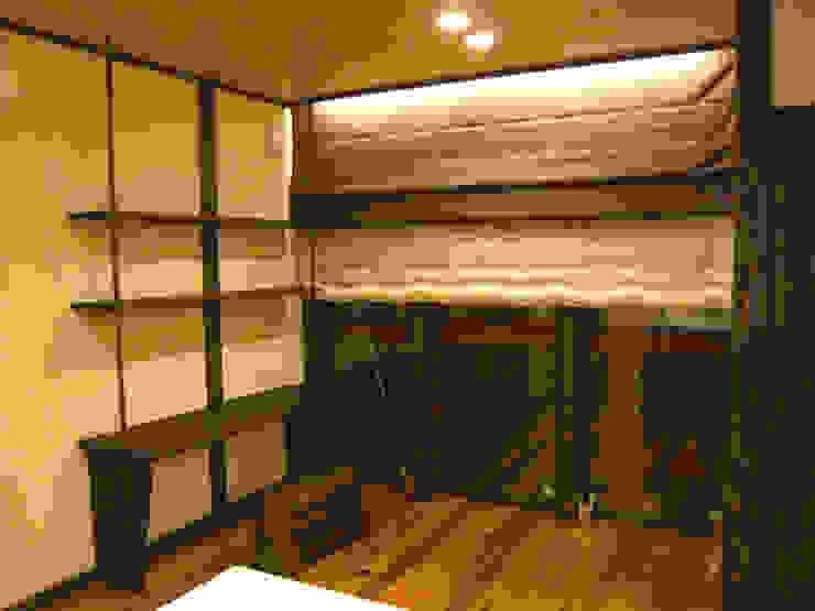都築の家 クラシックデザインの リビング の 設計工房 A・D・FACTORY 一級建築士事務所 クラシック