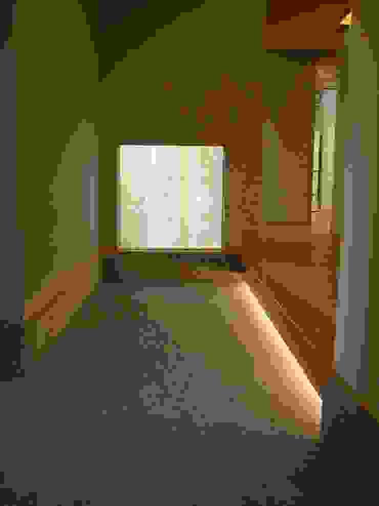 HOUSE華茶庵 オリジナルスタイルの 玄関&廊下&階段 の 設計工房 A・D・FACTORY 一級建築士事務所 オリジナル