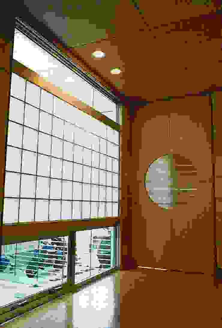 太田の家 オリジナルスタイルの 玄関&廊下&階段 の 設計工房 A・D・FACTORY 一級建築士事務所 オリジナル