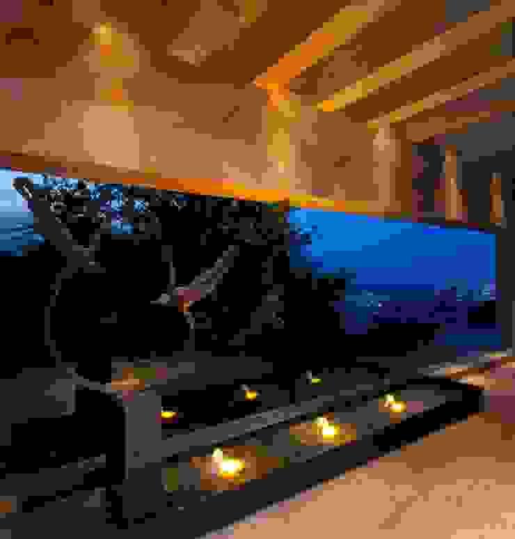 Portico Arquitectura + Construcción Pasillos, vestíbulos y escaleras de estilo moderno