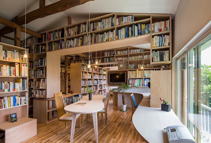 Wohnzimmer von スズケン一級建築士事務所/Suzuken Architectural Design Office, Modern Holz Holznachbildung