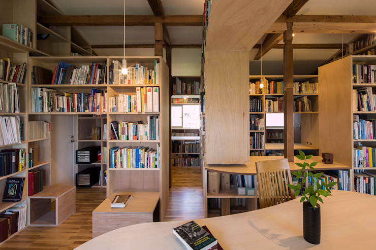 スズケン一級建築士事務所/Suzuken Architectural Design Office Modern living room Wood